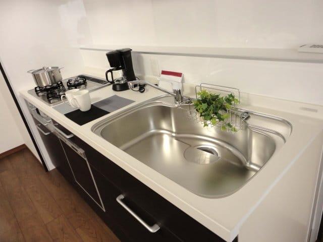 【新年割!!】キッチンの水垢・油汚れを徹底除去☆ピカピカに仕上げます!